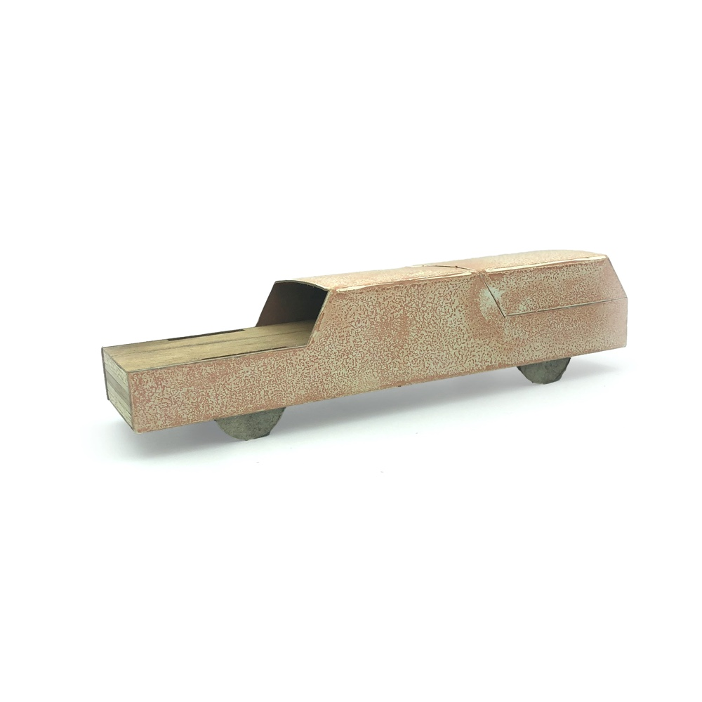 Carton by Floris Hovers, salmon pink