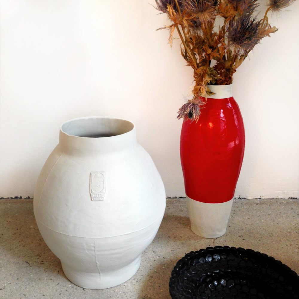 Big white pot and Red White vase by Hella Jongerius, Tichelaar Makkum, Studio Zand. Thomas Eyck.
