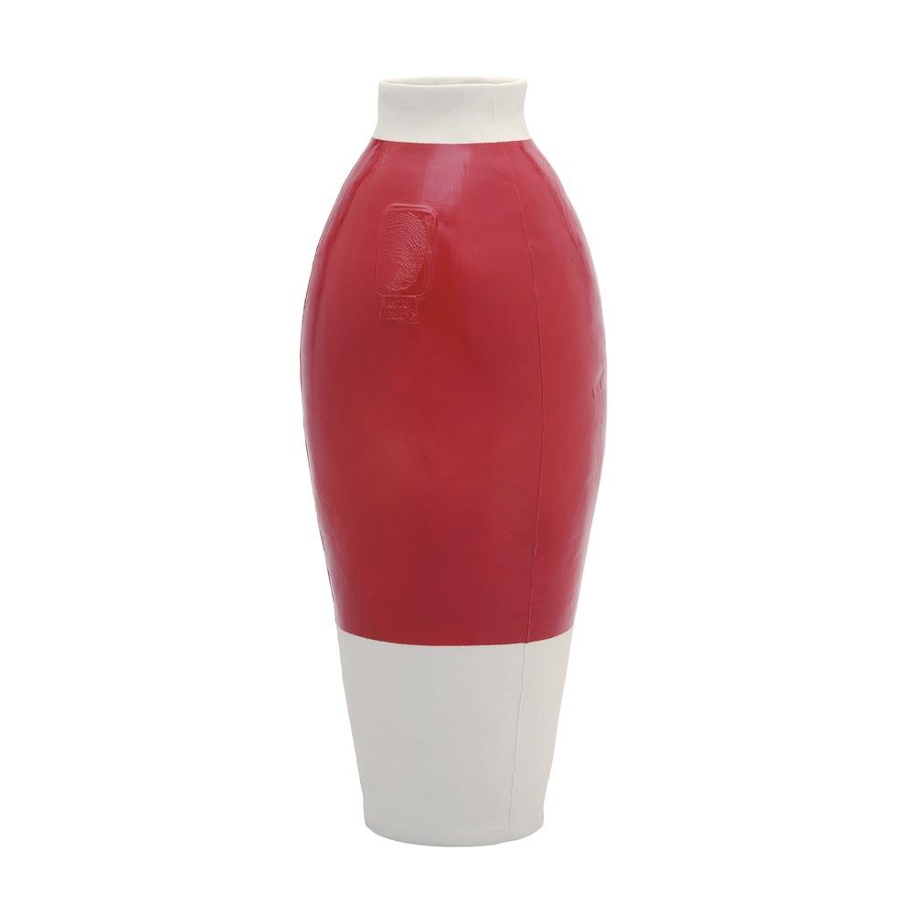 red-white vase by Hella Jongerius-vaas, Tichelaar Makkum, Studio Zand. Thomas Eyck.