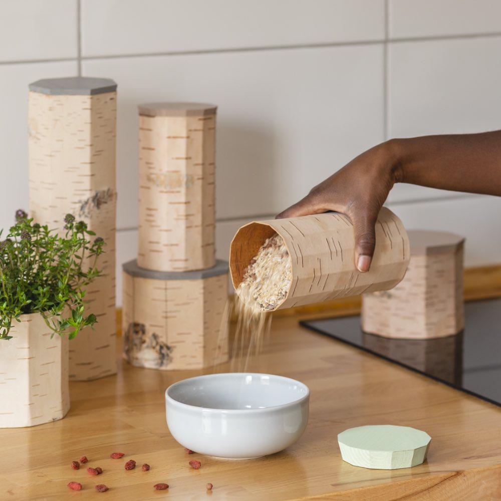 Moya Birch bark Food container by Anastasiya Koshcheeva, Tuesa